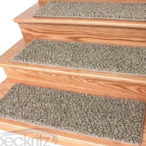 Black and Tan 32 oz Plush Textured Stair Treads