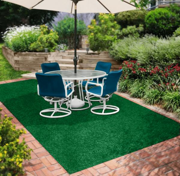 Green Indoor-Outdoor Olefin Carpet Area Rug