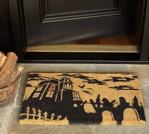 Halloween seasonal area rug