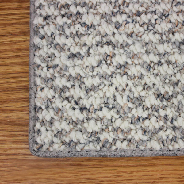 Cambridge DOG ASSIST Carpet Stair Treads Ice Ballet Top Corner